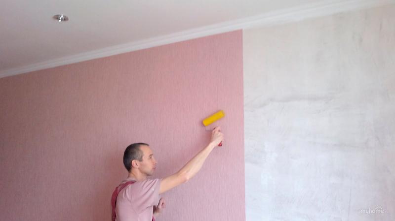 Покраска стен под обои