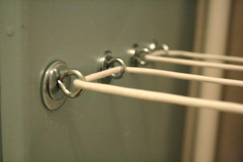 Крепёжные кольца для верёвок в самодельной сушилке