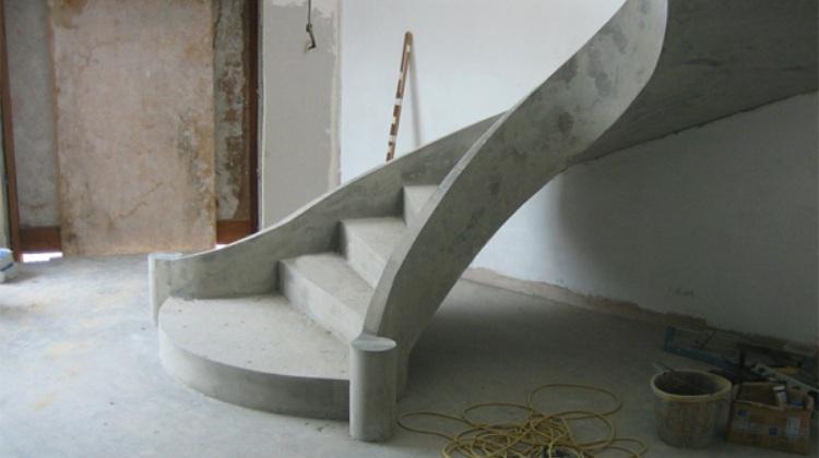 Лестница из металла и бетона своими руками 73