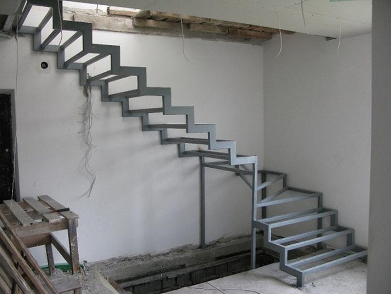 Лестницы в дом своими руками фото