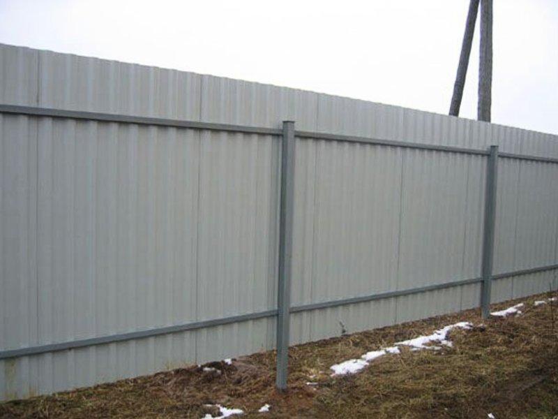 Профильный забор своими руками