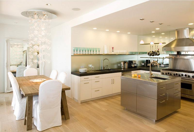 Дизайн пола в гостиной совмещенной с кухней