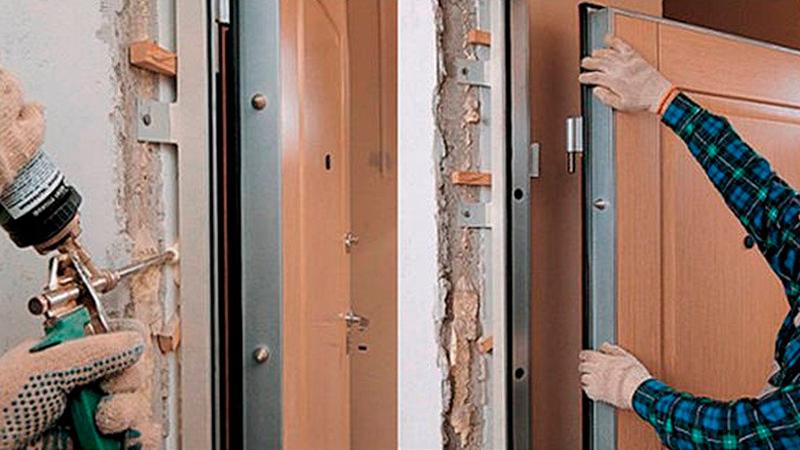 Своими руками установить дверь металлическую