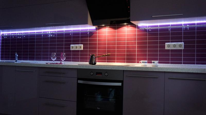 Установка светодиодных лент на кухне своими руками